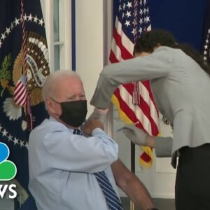 Biden Receives Booster Shot Amid Confusion Over Rollout