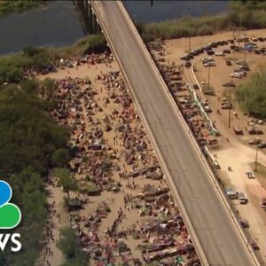 More Than 12,000 Migrants Remain In The U.S.