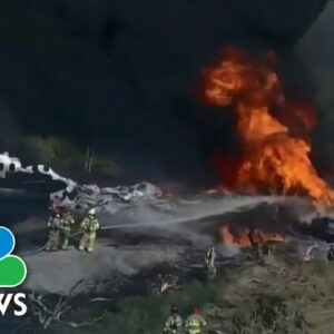 All Passengers, Crew Safe After Plane Crashes In Texas Field